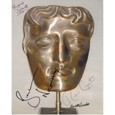 BAFTA MASK Photo Signed by 4 887G UACC COA