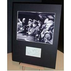 DADS ARMY Leslie Noyes Original Platoon Member Signed Display UACC COA
